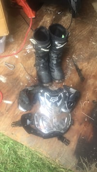 Dirtbike boots and chest pad Leonardtown, 20650