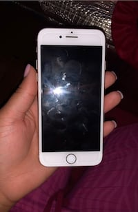 iPhone 8 64gb unlocked  Capitol Heights, 20743