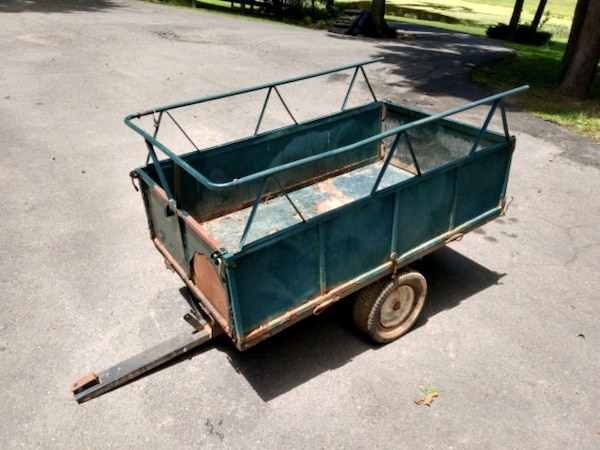 Small Trailer with Dump Bed