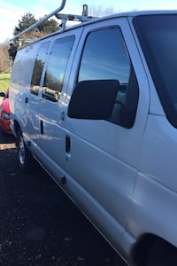 2001 Ford Econoline Van E-250 Extended Newville