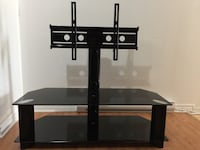 black TV stand with mount Montréal, H2S 2G2
