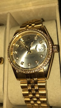 round gold Rolex analog watch with link bracelet Brampton, L6T