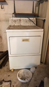 white front-load clothes dryer Los Angeles, 90001