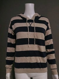 ***WOMEN'S LARGE STRIPPED HOODIE!*** Dallas