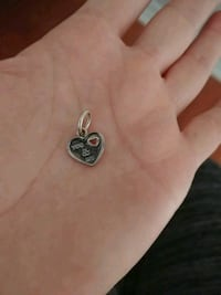 silver-colored heart pendant Brampton, L6V 3X8