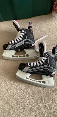 Kids skates size 1 for kids with size 2 shoe Calgary, T2A 7N1