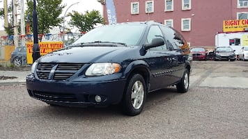 2006 Dodge Grand Caravan SXT - Stown;nGo