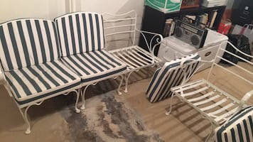 Mid century wrought iron patio set!