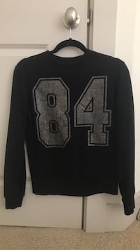 Black and gray crew neck sweater Rockville, 20850