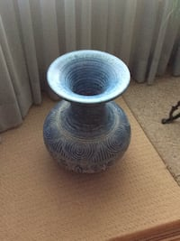 round gray and blue ceramic bowl