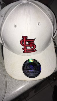 white and red Chicago Bulls fitted cap Robards, 42452