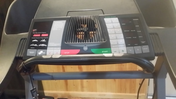 Pro-Form 530i heart rate control treadmill with iFit