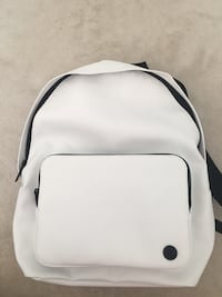 Brand new stock with tags lululemon white bakpack Ottawa, K2K 2K9