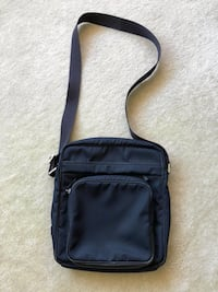 Hugo Boss shoulder bag Santa Monica, 90403