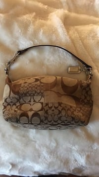 Small gold coach purse  Mississauga, L5N 7Z6