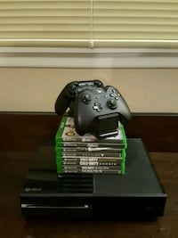 Xbox One With Accessories 592 mi