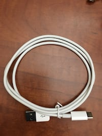 USB to Mini USB cable Vaughan, L6A 2G3