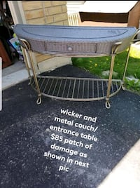 wicker and metal entrance or couch table Orillia, L3V 4E1
