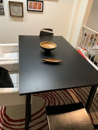 Extendable Table up to 8 sits Washington, 20037