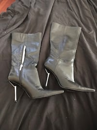 Size 7.5 2 pair ladies black boots Richmond, V6Y