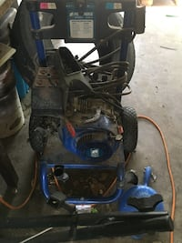 Powerhorse 3000 psi pressure washer FOR PARTS Mission, 78572