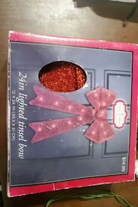 "24"" lighted tinsel bow  Las Vegas, 89104"
