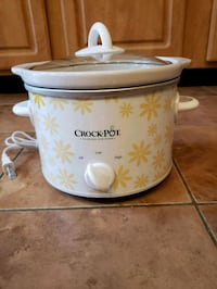 white and red Crock-Pot slow cooker Somerville, 02145