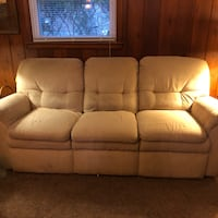 Lazyboy couch and loveseat Charlotte, 28226