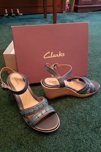 New Clarks Wedge Sandles 10M w/ankle strap