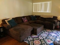 Sectional couch Eugene, 97403