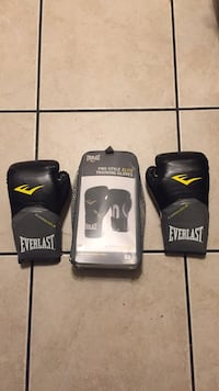 Everlast Boxing Gloves Anaheim, 92801