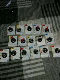 16 DC and Marvel heroclix pieces Toronto, M6L 1A4