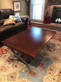 Solid wood heavy coffee table Olney, 20832
