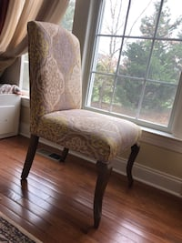 Accent Chair - Like New 7 km