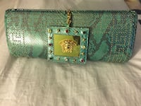 Beautiful VERSACE CLUTCH ! Washington, 20017