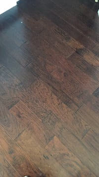 Engineered hardwood floor I have 7 boxes looking to sell Innisfil, L9S 1Z8