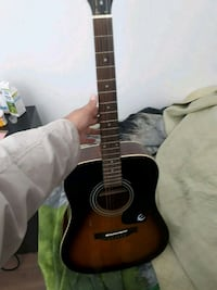 Epiphone Acoustic Guitar- Great Condition Cambridge, N1R 3P2