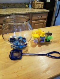 Betta fish bowl & accessories Woodbridge, 22193