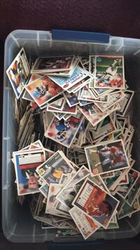 SUPER OLD LIMITED EDITION FOOTBALL CARDS ALONG WITH TODAY CARDS (oilers, baltimore colts)  Taneytown, 21787