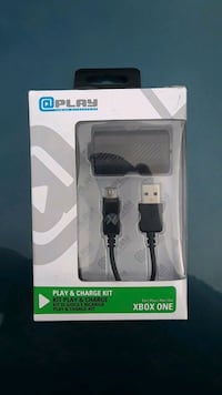 Xbox one play and charge charger box Las Vegas, 89101