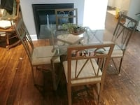 Table + Chairs 5 piece set Fort Erie, L0S 1N0