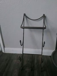 Bronze metal towel holder