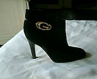 Guess black suede ankle boots 416 mi
