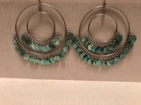 Turquoise shell earrings  Toronto, M9N 3L4