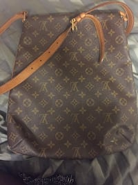 Brown monogrammed louis vuitton leather crossbody bag Mississauga, L5L