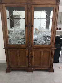 CHINA CABINET Miramar, 33023