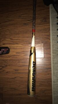 Demarini 32 inch -3 (drop 3) its used but not a lot in good condition Spring, 77373
