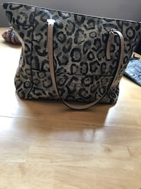 black and gray floral leather tote bag Innisfil, L9S 2M2