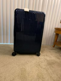 Rimowa Luggage new in the box Essential Los Angeles, 90068