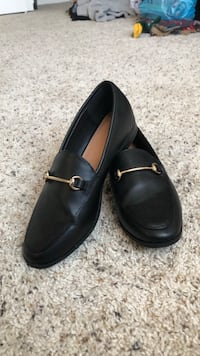 Never worn loafers  Morrow, 45152